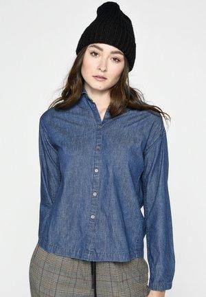 Button-down blouse - rinse