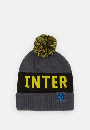 INTER MAILAND POM BEANIE - Mütze - dark grey/tour yellow