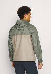 The North Face - CYCLONE ANORAK - Outdoor jacket - olive/grey - 2