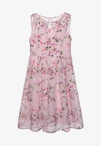 Chi Chi Girls - LONDON CLOVER DRESS - Cocktailjurk - pink - 0