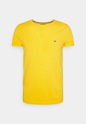 STRETCH SLIM FIT TEE - Basic T-shirt - amber glow