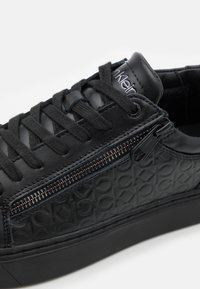 Calvin Klein - TOP LACE UP ZIP - Trainers - black - 5