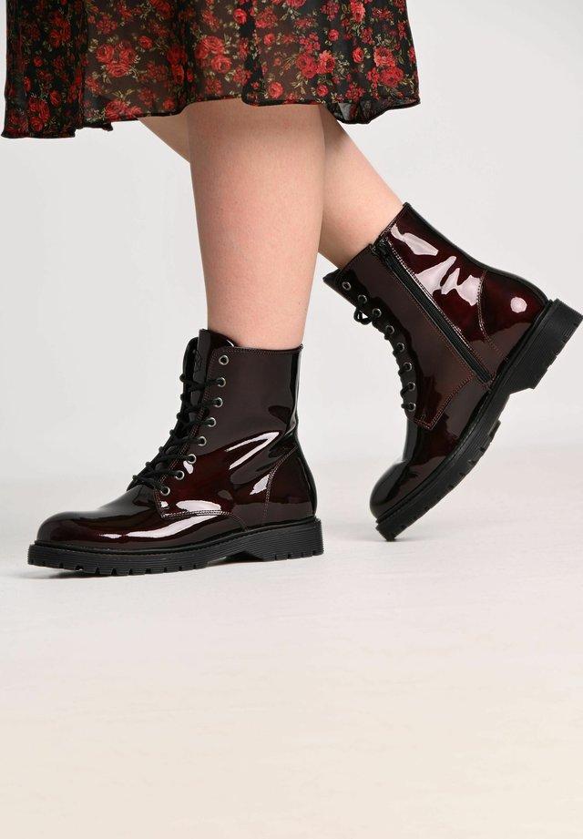 SUNNY PATENT - Platform ankle boots - bordeaux