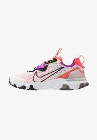 Nike Sportswear - REACT VISION - Sneakers laag - summit white/black/barely volt/laser crimson - 1