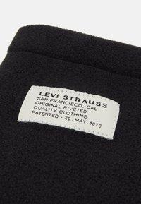 Levi's® - NECK WARMER - Braga - regular black - 3