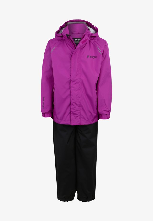 OPHIR  - Waterproof jacket - berry