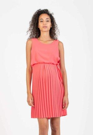 BIANCA - Denní šaty - coral