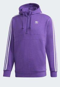 adidas Originals - STRIPES HOODIE - Mikina skapucí - purple - 9