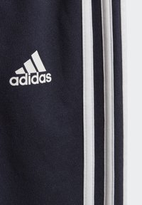 adidas Performance - BADGE OF SPORT FRENCH TERRY JOGGER - Chándal - blue - 6