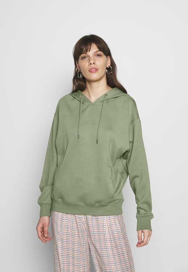 LOGO HOOD - Sweat à capuche - o green