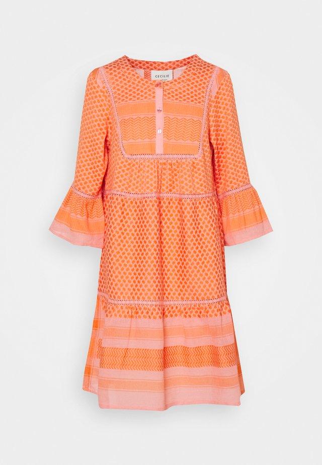 JADEE - Day dress - flush