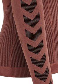 Hummel - FIRST SEAMLESS WOMAN - Long sleeved top - marsala - 7