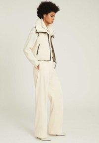 Reiss - Waistcoat - white - 1