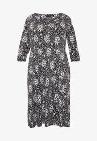 Dorothy Perkins Curve - Jersey dress - black - 5