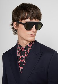 Gucci - Sunglasses - black/black/green - 1