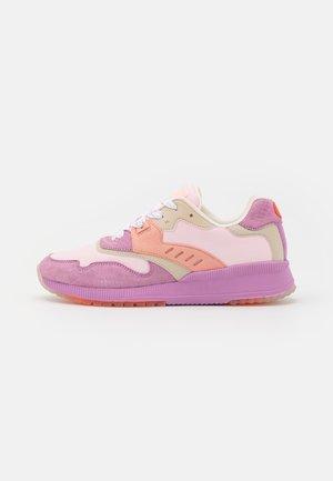 VIVI - Sneakers laag - pink/multicolor