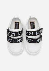 N°21 - Tenisky - white/black - 3