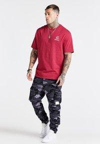 SIKSILK - OVERSIZED AOKI TEE - Basic T-shirt - pink - 1