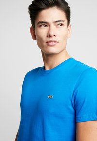 Lacoste - T-shirt basic - nattier - 4