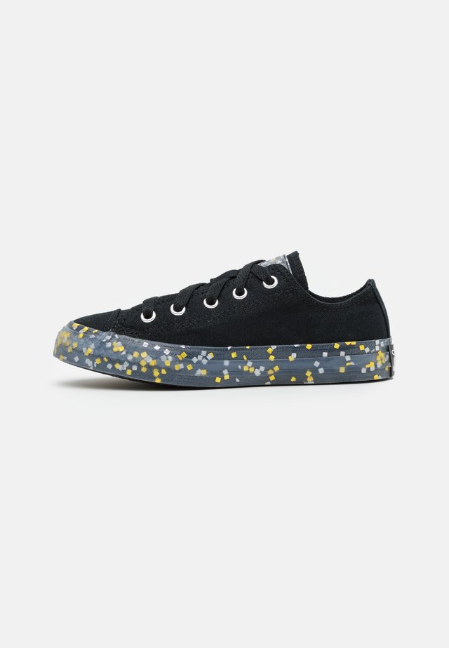 CHUCK TAYLOR ALL STAR TRANSLUCENT CONFETTI - Trainers - black/gold