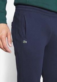 Lacoste LIVE - Teplákové kalhoty - navy blue - 3