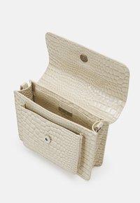 HVISK - CAYMAN POCKET - Across body bag - soft off-white - 2