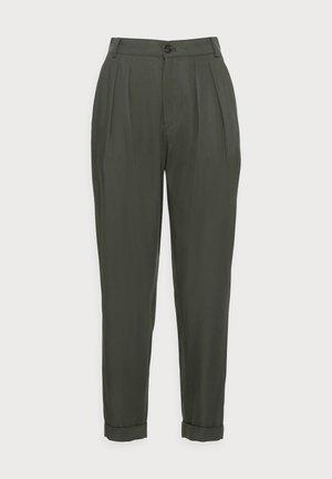 IZLA PANTS - Trousers - green olive