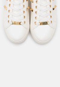 Steve Madden - ESCALA - Sneakers laag - white - 5