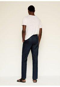 Mango - Trousers - dunkles marineblau - 1
