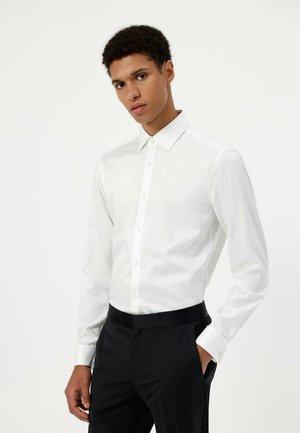 Formal shirt - open white