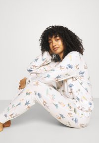 Chelsea Peers - Pyjamas - white - 3