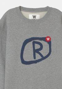 Wood Wood - ROD UNISEX - Sweatshirt - grey melange - 2