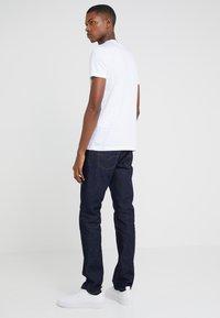 Emporio Armani - T-shirt con stampa - white - 2
