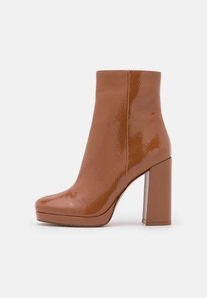 MAIN - Platform ankle boots - camel