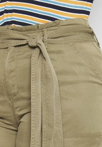 CAPSULE by Simply Be - WIDE LEG PANT - Trousers - khaki - 4