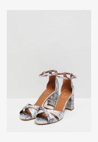RISA - Sandals - schlange - 1