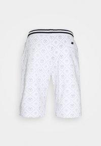 Carlo Colucci - Shorts - white - 1