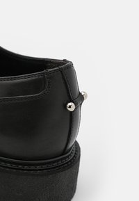 Neil Barrett - PIERCED PUNK DERBY - Šněrovací boty - black - 5