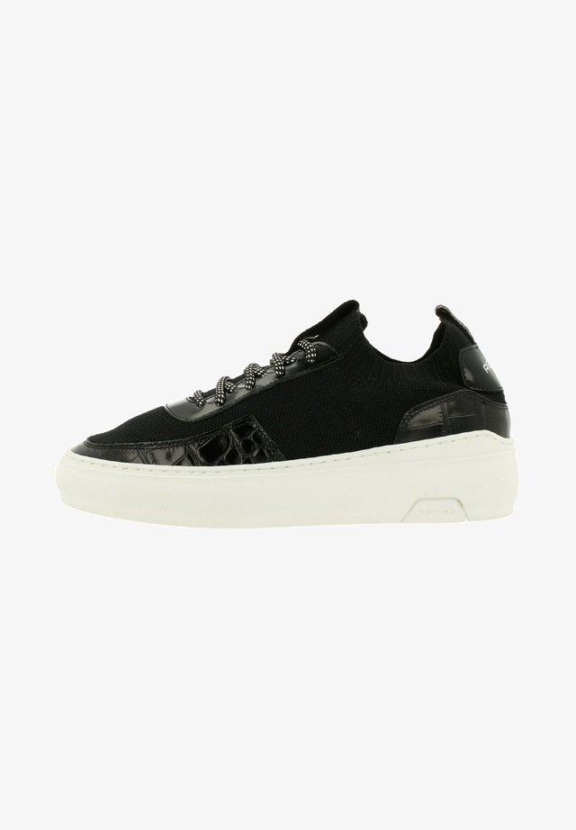 Sneakers laag - blk