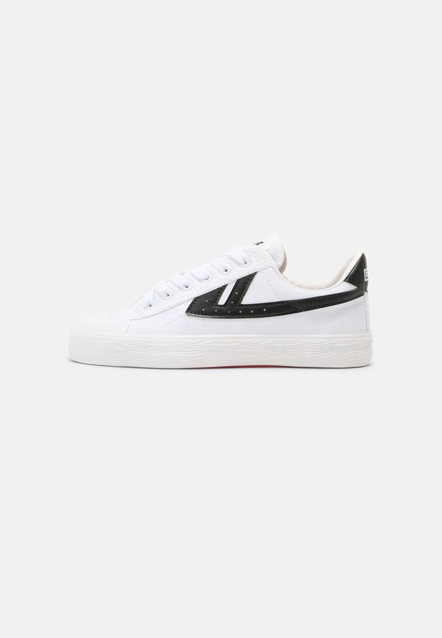 WB-1 UNISEX - Sneakers laag - white/black