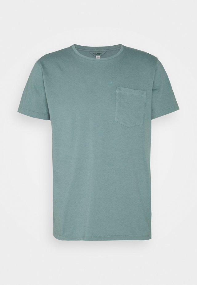 WILLIAMS POV TEA DYED - T-shirt basic - pale navy