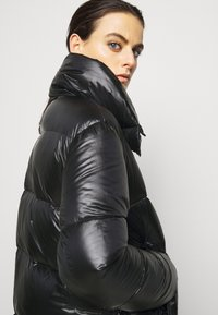 Duvetica - MIRAM - Down coat - nero - 4
