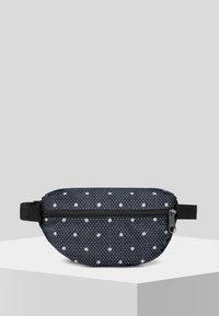 Eastpak - LITTLE LARGE/AUTHENTIC - Bum bag - black - 2