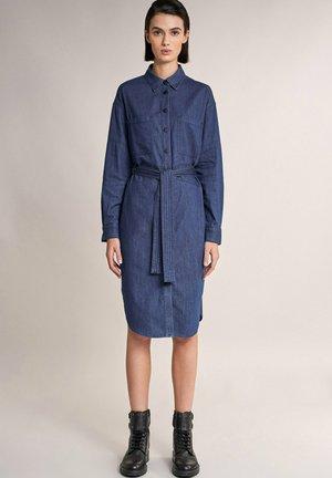EUGENE  - Robe en jean - blau