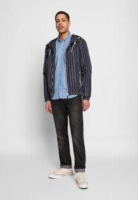 Blend - OUTERWEAR - Lehká bunda - dark navy blue - 1