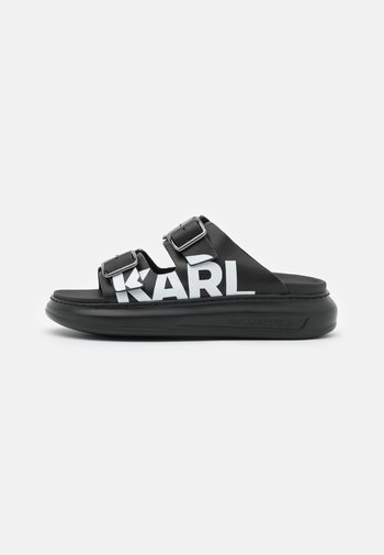 KAPRI DOUBLE BUCKLE LOGO