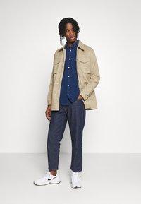 Burton Menswear London - POCKET SAFARI JACKET - Summer jacket - stone - 1