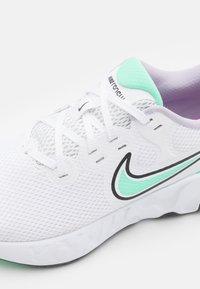 Nike Performance - RENEW RIDE 2 - Neutral running shoes - white/green glow/dark smoke grey/infinite lilac/violet shock - 5