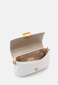 ALDO - OLEOSA - Handbag - off white/gold-coloured - 3