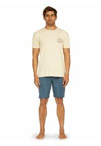 Quiksilver - DREAM SESSIONS  - Print T-shirt - antique white - 1